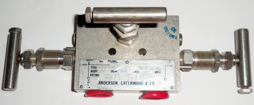 Arco Anderson Greenwood M1HIS-4 3-Valve Manifold 2-Block 1-Equalize, Remote Mnt