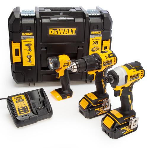 Dewalt DCK2062M2T 18V XR Twin Pack +DCL040 Torch (2 x 4.0Ah Batteries)