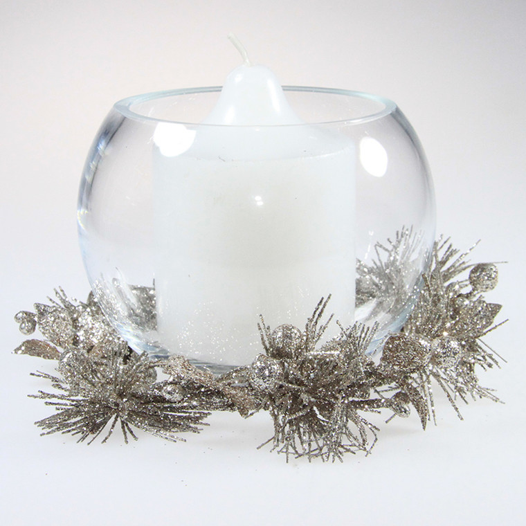 Christmas Candle Wreaths with Vases - Champagne coloured