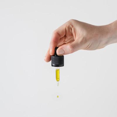 WHAT IS CBD OIL?