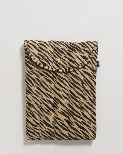 Puffy Laptop Sleeve_ Tiger Stripe