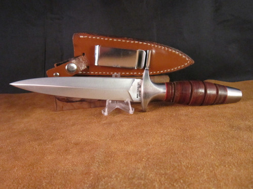 Vintage Valor 407 Boot Knife with Sheath