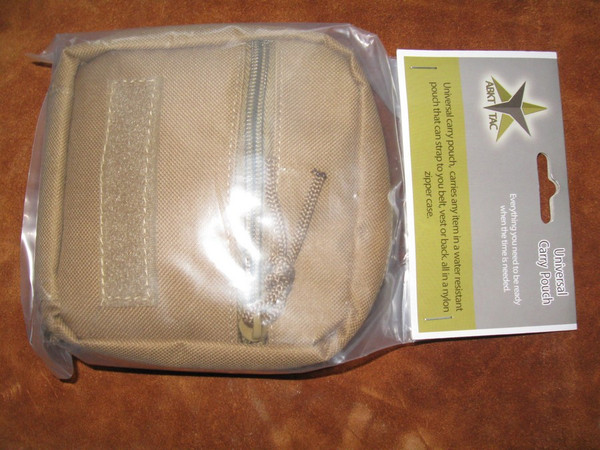 Carry pouch packaging