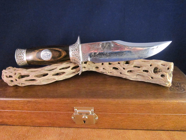 1976 Smith & Wesson Limited Edition Collector Series Bowie #360