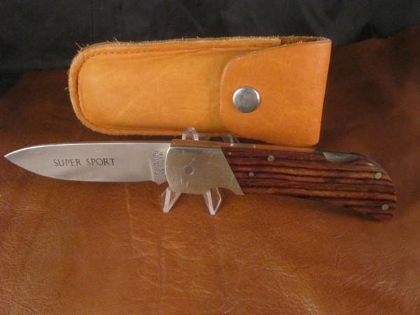 Vintage Valor 368 folding knife with Deerskin pouch