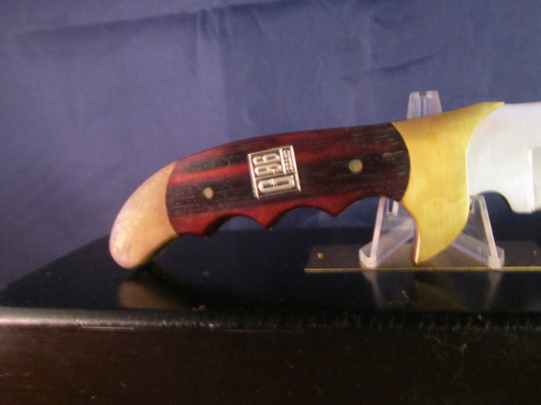 Jet Aer G 96 model 3050 knife in Presentation case