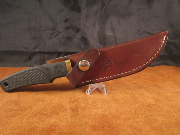 1980's Smith & Wesson American Series knife model 6084