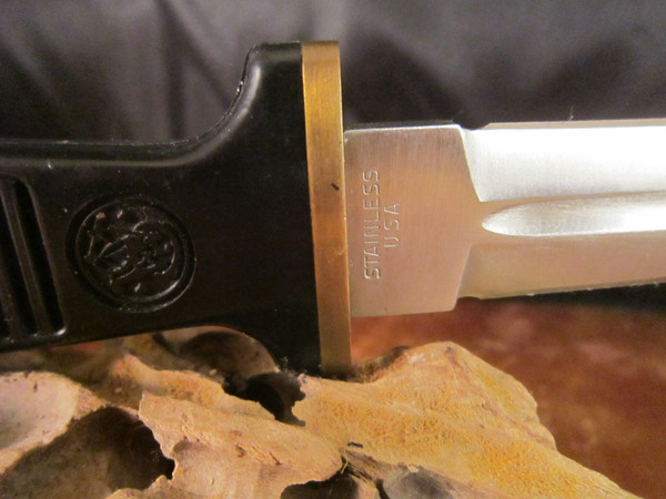 Smith and Wesson American Series Boot knife 6051