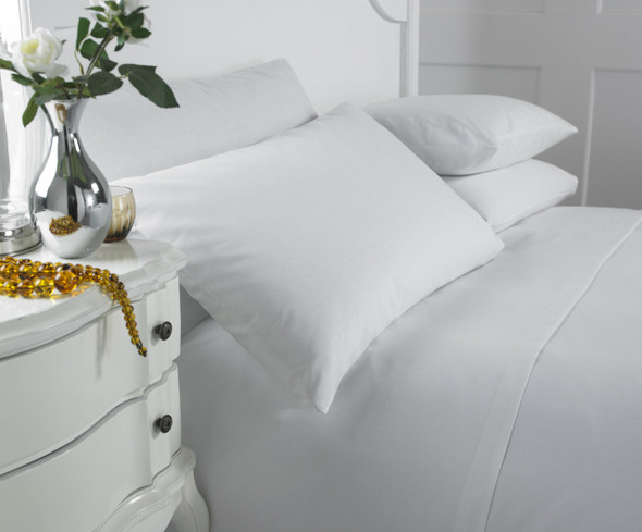 130 Thread Count, 70/30 Cotton Rich Bed Linen - Full Range
