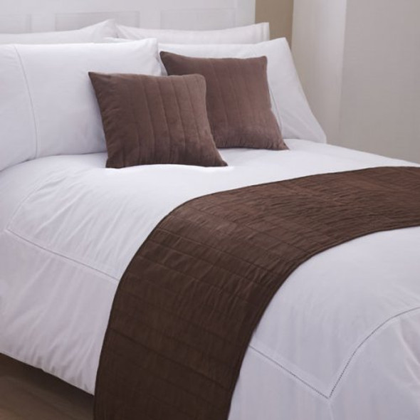 Faux Suede Chocolate Bed Runner 40x40cm