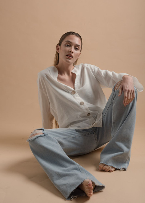 Loose Linen Blouse with Wooden Buttons
