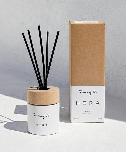 """""""Hera"""" Jasmine Scented diffuser, in White"""