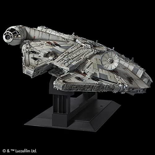 BANDAI Star Wars PERFECT GRADE 1/72 Millennium Falcon Plastic Model