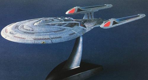 BANDAI SPIRITS Star Trek 1/1700 U.S.S. Enterprise