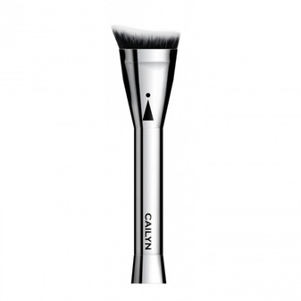 ANGLED CONTOUR BRUSH  Take your contouring game to the next level with this first-ever slanted top contour brush designed with super smooth, synthetic short bristles that reach every contour-worthy crease and crevice. The unprecedented shortened, dense bristles allow for a quick, highly-controlled, and even application of liquid, gel, cream, and powder formulations. Enjoy a buffed, beautiful, flawless finish in less time.  HOW TO USE  To be used with any cream, liquid, powder, or gel contour formulas, add a darker shade to forehead, cheekbones, jaw line, and nose areas to effortlessly define areas, while buffing product towards highlighted area for a defined, camera-ready contoured complexion.