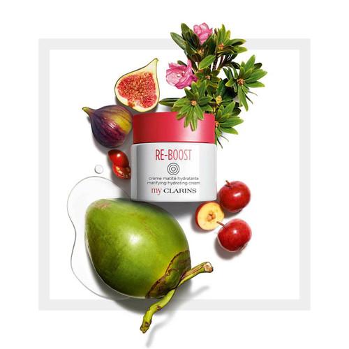 A morning fruit juice that reduces the appearance of blemishes and boosts your skin's hydration and energy. Your skin is instantly hydrated and silky smooth, perfectly mattified. Radiant with a fine smooth texture. Don't like pores, blemishes, or shine? That makes two of you. Skin texture smoothed, skin hydrated and invigorated. Invigorates the skin and hydrates for 24 hours Helps fight blemishes and reduce large pores