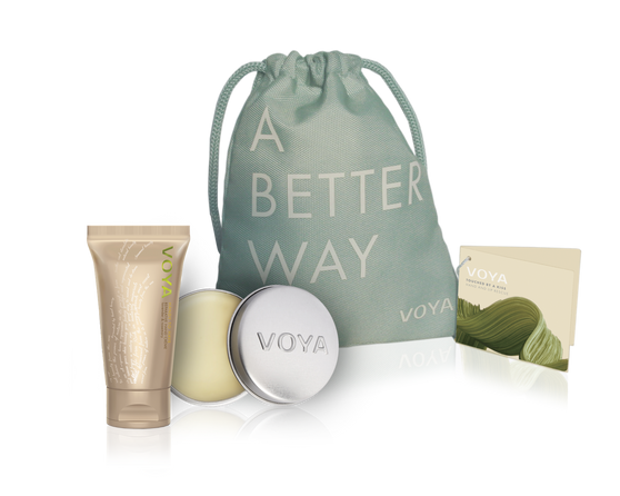 Voya Touched by a kiss - hand & lip rescue