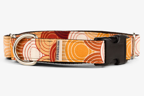 Retro Scales Patterned Fabric Martingale