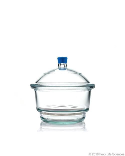 Borosil Desiccator With Cover and Porcelain Plate, Plastic Knob, Borosilicate Glass 250 mm CS/1