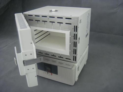 Yamato Muffle Furnace  w/comm port 17.5L 220V