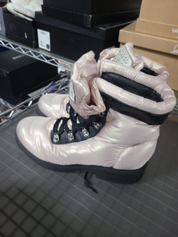 Chanel Nylon Light Pink Snow boots