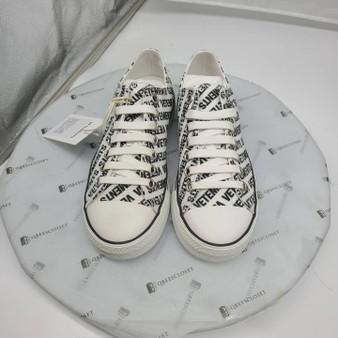 Vetement Sneakers