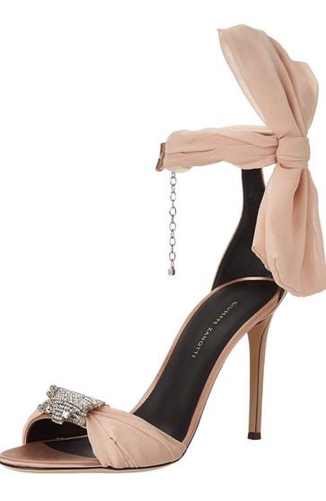 Oversized  Bow Heel