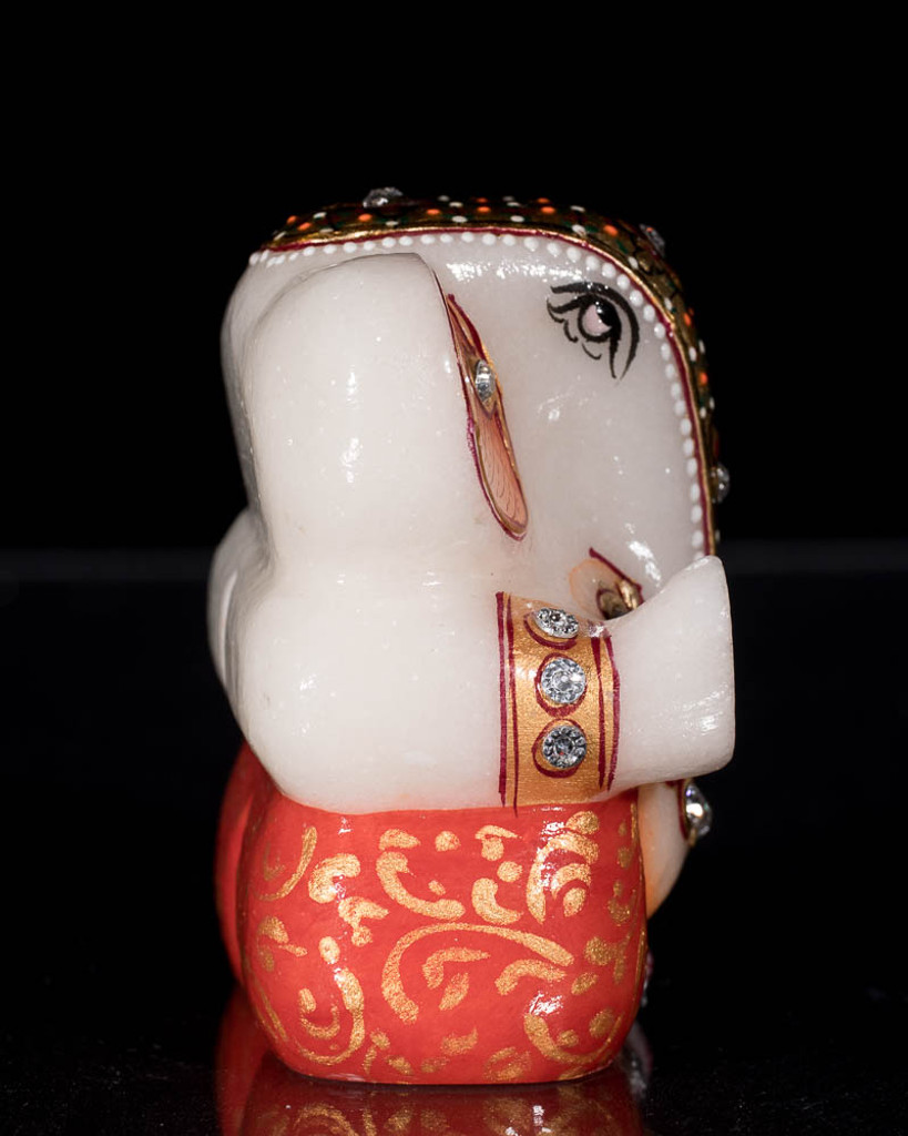 Alabaster Ganesh Statue with Inlay
