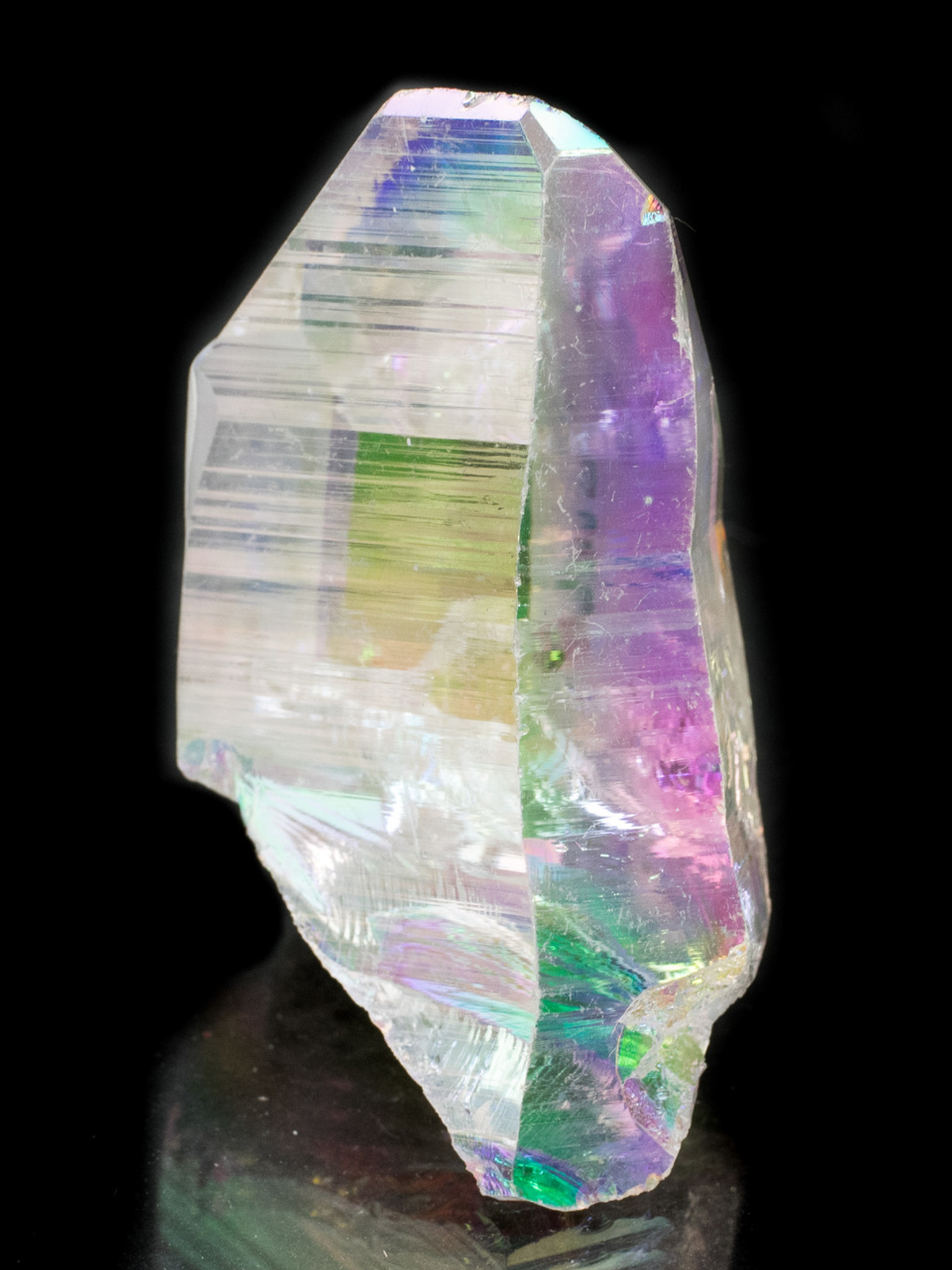 Angel Aura Quartz Point Metaphysical Meaning And Healing