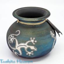 Gecko Silhouette Vase