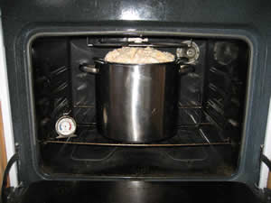 Put the pot in the oven at 220°F (105°C).