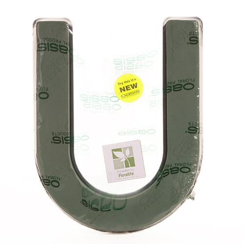 Oasis® Quick Clip Letter U
