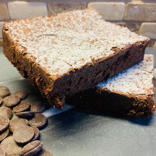 Dark Chocolate Truffle Cake Ⓝ