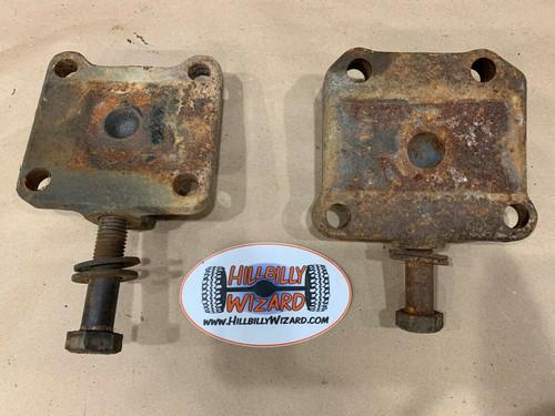 GM D60 U-bolt Plates, USED