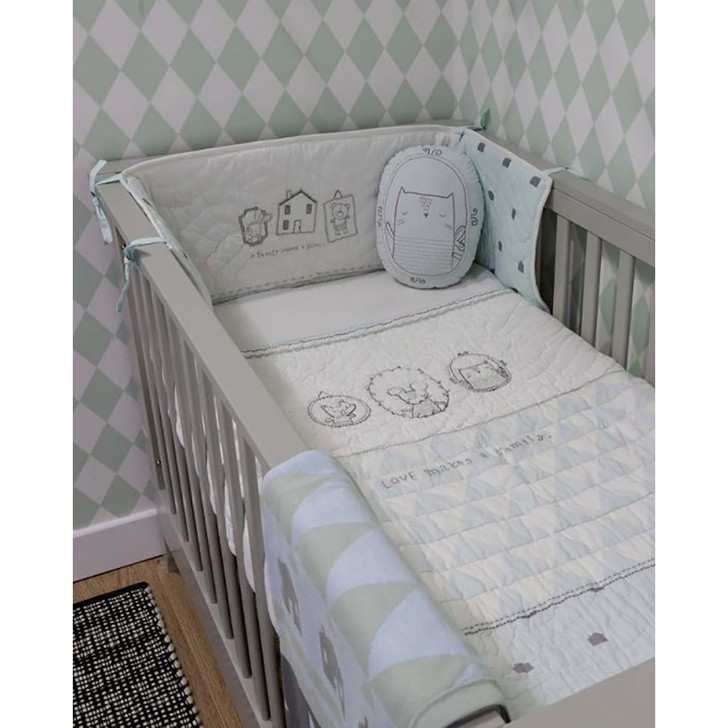The Essential One- Love Makes a Family Bedding Set