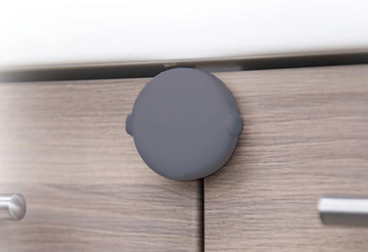 Fred Adhesive Double Door Block - Grey
