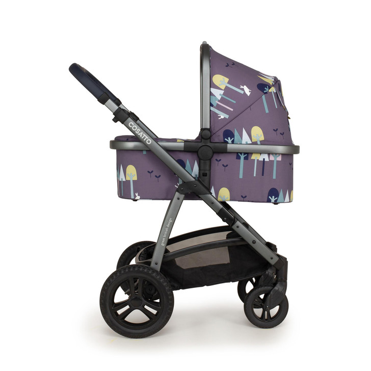 Cosatto wow 2 pram - carrycot on chassis