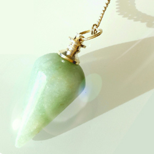Green Aventurine is a stone formation that can fortify self -determination,bring relaxation, and help with regeneration and recovery. It helps in calming ones anger and intolerances, increases positive perception, and reduces judgement of self and others.