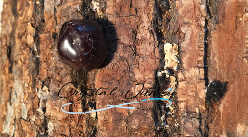 Garnet can bring protection to your body and your space. Physically, Garnet helps with the gallbladder and kidneys. The stone is the heart of strong love and helping you appreciate what you have. Garnet is great for assisting in healing the interior of the human body. Copyright © DeMarco,J. (2019) High Vibes Crystal Healing. Florida: Llewellyn Publishing Stone is carefully chosen, spiritually cleansed and packaged with an abundance of gratitude and high vibe positive energy.