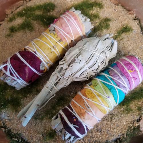 Sage Trio Chakra Sage, white  &  Rose sage ; LOVE, Balance and Peace:)