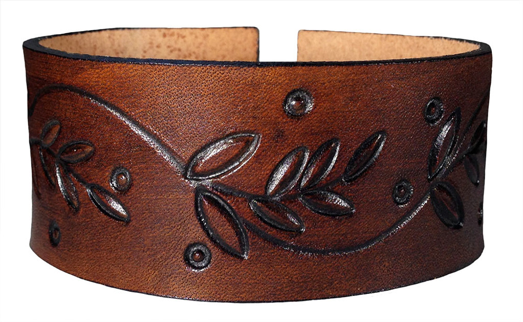 'Willows And Fireflies 1.5 Inch' Leather Bracelet