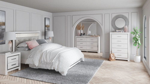 Altyra White 7 Pc. Dresser, Mirror, Queen Panel Bed, 2 Nightstands