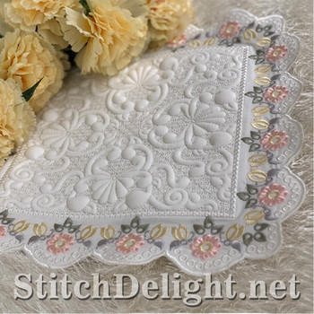 SDS1447 Flowers and Bees Quilting and Eyelet Lace