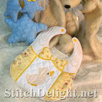 SDS1457 Quilted Baby Bibs 2