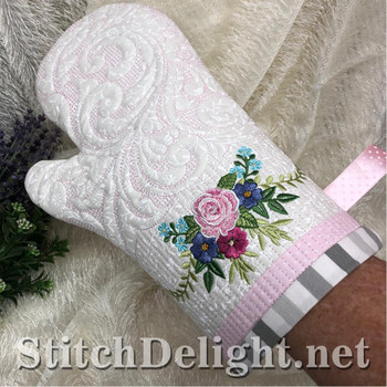 SDS1503 ITH Oven Mits