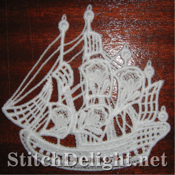 SD0905 Freestanding Lace Ship