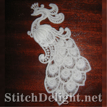 SD0939 Freestanding Lace Peacock