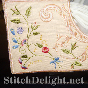 SD0689 Dainty Floral Tissue Box Cover