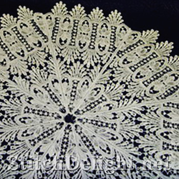 SD0566 Demarco Lace Bowl and Doily