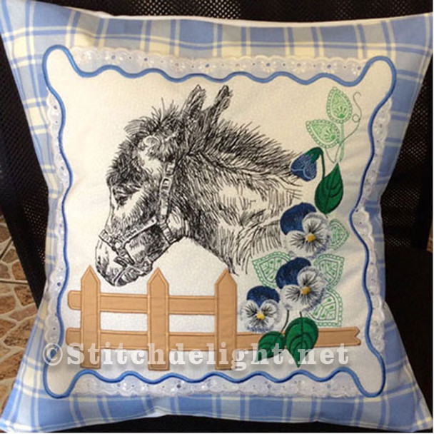 SDS0475 ITH Donkey Pillow